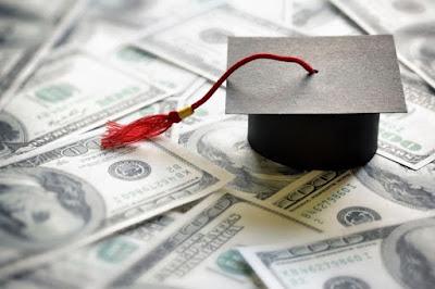 6 Rekomendasi Pekerjaan Sampingan Mahasiswa untuk Mendapatkan Uang Meski di Rumah Saja
