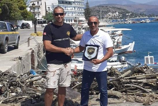 Τιμητική διάκριση στο Δήμο Ναυπλιέων για την προσφορά του στην προστασία του θαλάσσιου περιβάλλοντος
