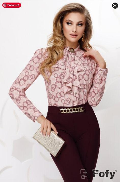 Bluza moderna de dama din voal roz cu funda si accesoriu auriu