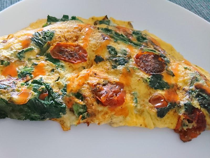 Omelete de Espinafres e Tomate
