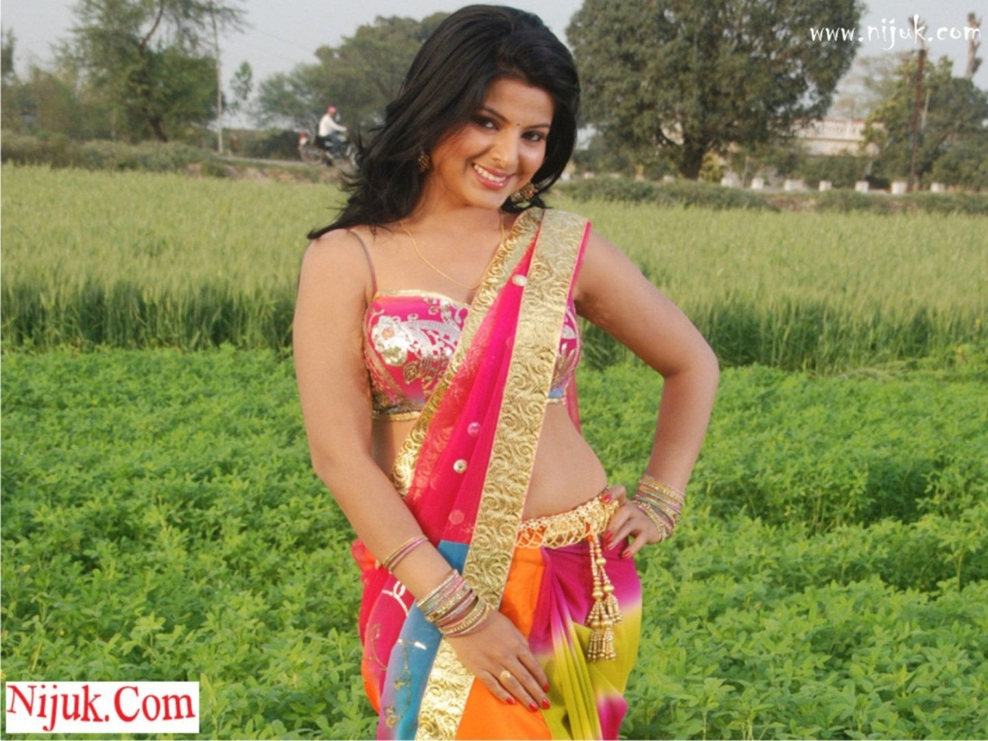 Bhojpuri Actress Smrity Sinha