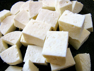 Paneer khane ke fayde (Benefits of Paneer In Hindi).