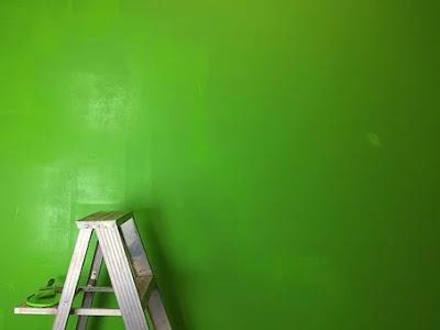 Safe access ladder