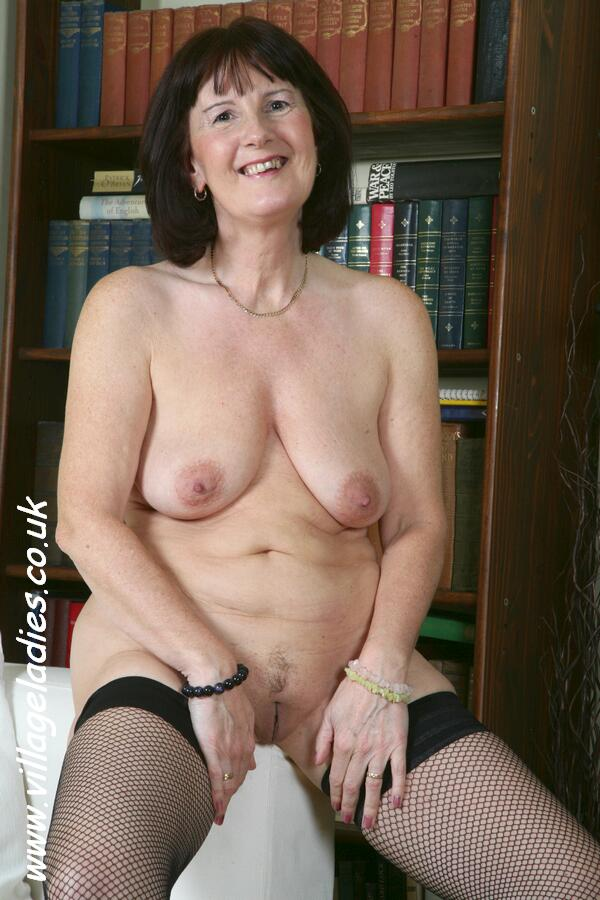 British Mature Women Pictures