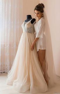 Bridal Model Pose