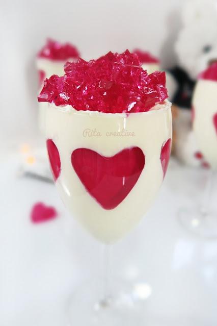 Walentynkowy deser serce.