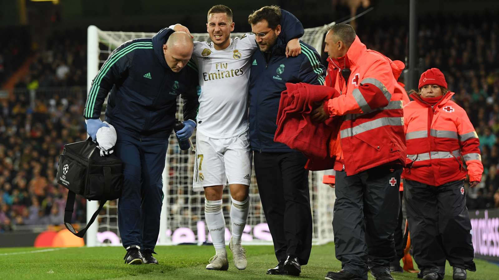 Officially. Real Madrid announce details of Hazard injury