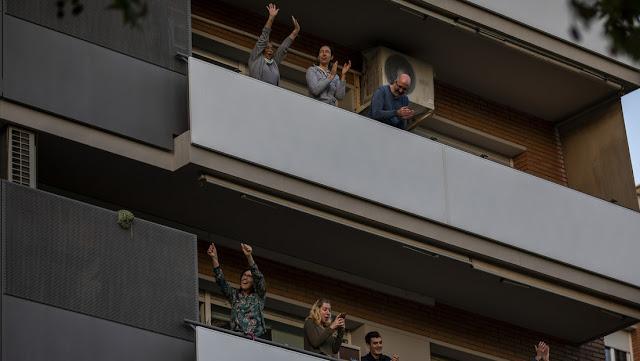 España permitirá reuniones de hasta 10 personas en domicilios durante la fase 1 de desescalada