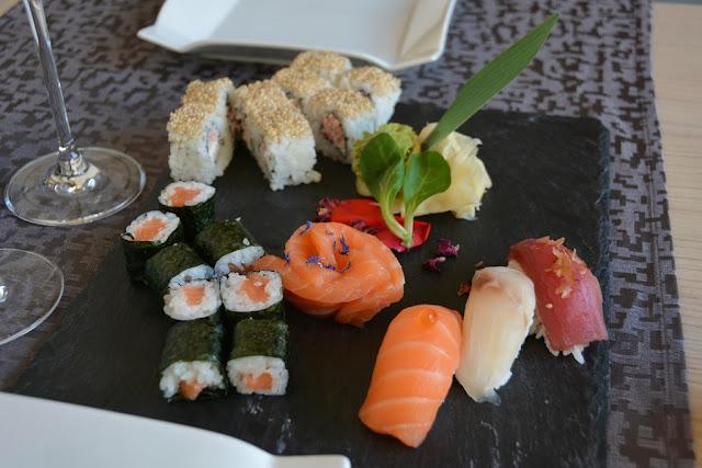 Como Yan Sushi mix