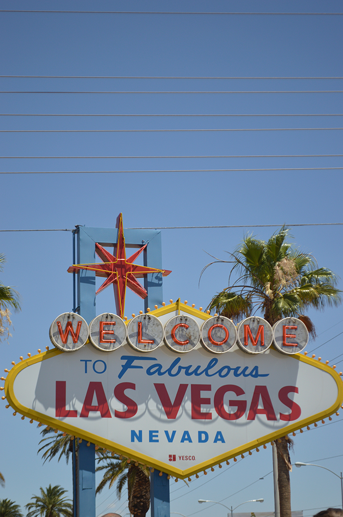 Las vegas travel guide bloggers