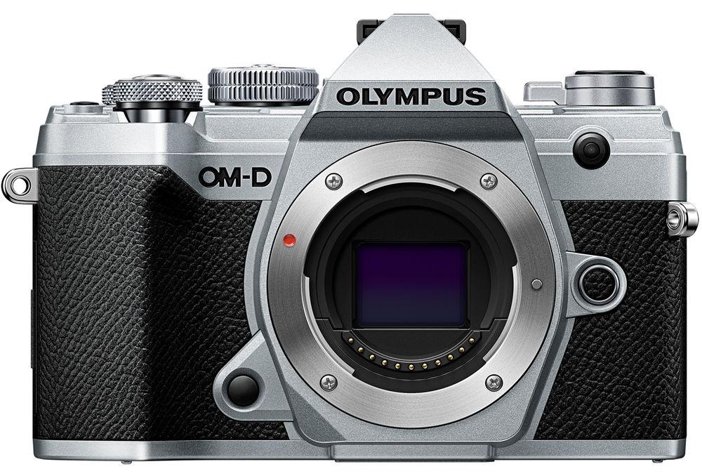 Olympus OM-D E-M5 Mark III, вид спереди