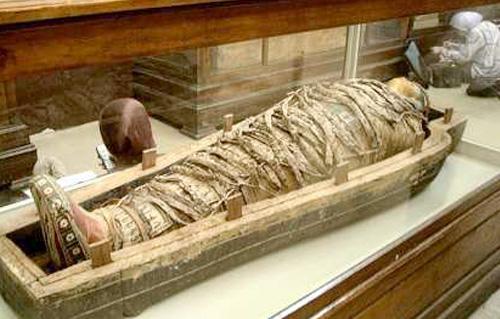 اكتشاف مومياوات فرعونية في مصر تعود لـ 2500 عام