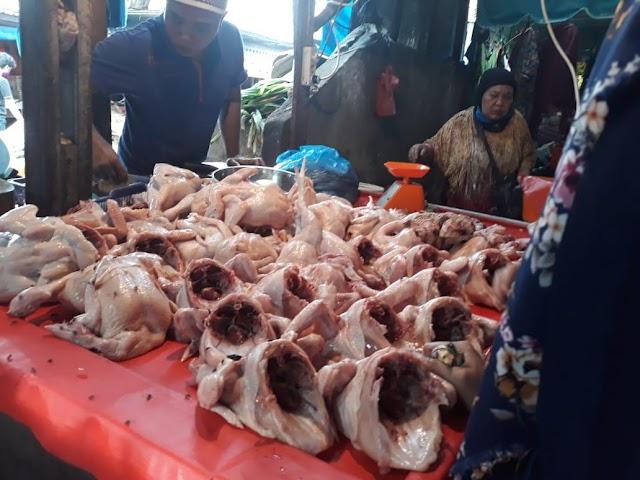 Jelang Ramadan, Harga Daging Ayam Naik,  Rp33.000 Per Kg