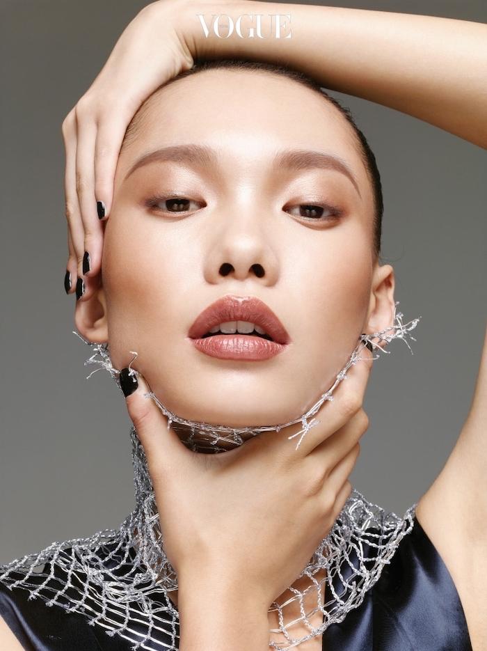 Vogue, Beauty Tricks That Are Also Convenient
