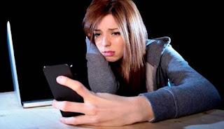 Gunakan Smartphone Lebih dari 1 Jam Satu hari, Hati-hati Mungkin saja Anda Depresi