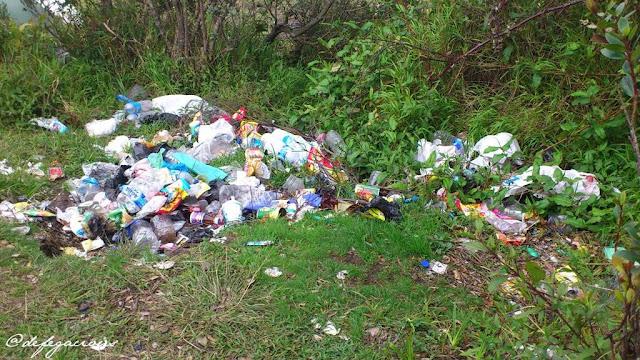Sampah di Gunung Merbabu