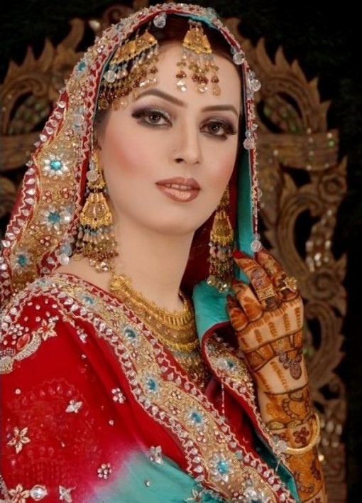 Neo Bollywood Bridal Make Up Latest Bridal Wedding Dresses