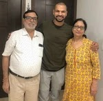shikhar dhawan with her parents