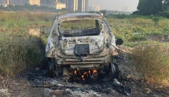 1 phụ nữ ngoại quốc tử vong, 2 người nguy kịch nghi là nạn nhân vụ giết người, đốt xe ô tô phi tang tại TP.HCM