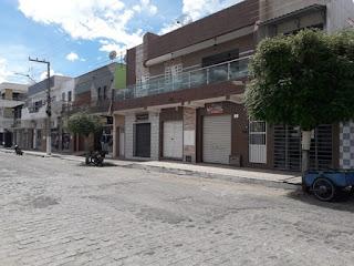 Comércio de Carnaúba dos Dantas volta a fechar portas por determinação do Governo Estadual