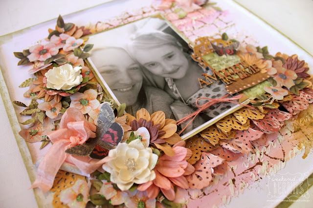 A Moment in time layout by Bernii Miller for Couture Creations using  the new Vintage Garden Collection.