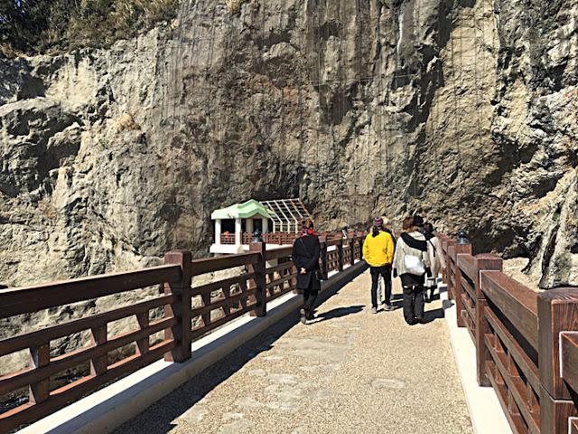 江ノ島岩屋