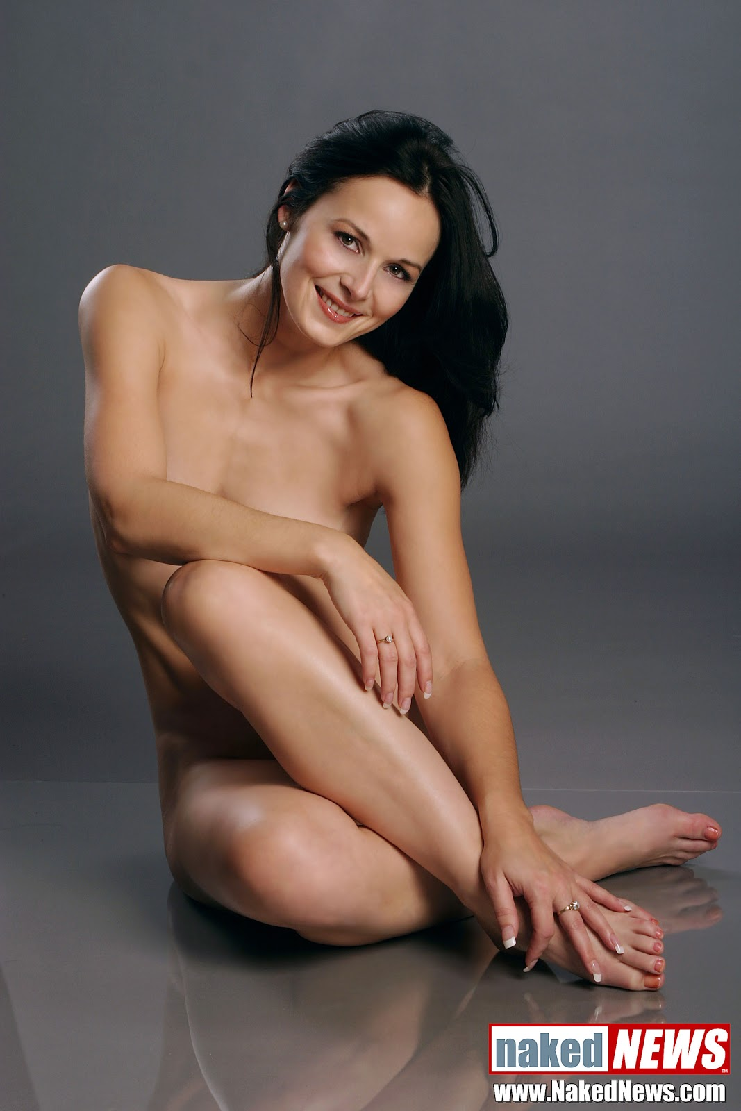 Famous Naked News Anchors-5680