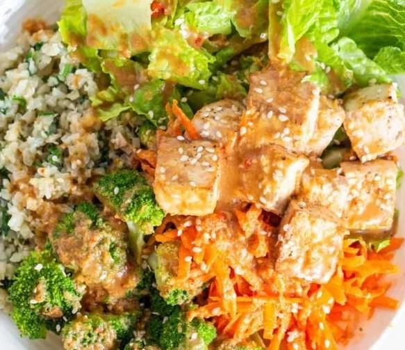 COCONUT CAULIFLOWER RICE BUDDHA BOWL #vegetarian #healthy