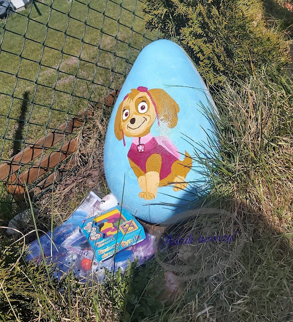 Adzik tworzy - ręcznie malowane jaja ze styropianu Sky Psi Patrol
