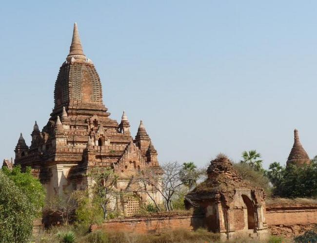 Xvlor Gubyaukgyi Temple is ornate mural temple built by Prince Yazakumar in 1113