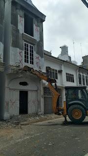 Pemko Medan Kembali Bongkar Bangunan Tak Berizin Kontra Cagar Budaya