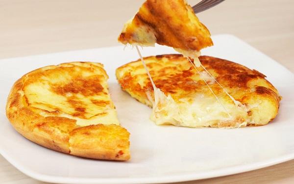 Receita de pão de queijo de frigideira 'sem glúten' (Imagem: Reprodução/Sal de Flor)