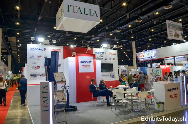 ITALIA exhibit pavilion (front)