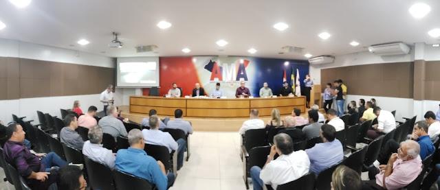 Cinco municípios de Alagoas recebem Plano de Saneamento Básico na AMA