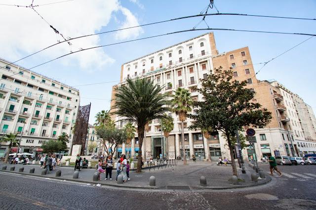 Piazza Carità-Napoli