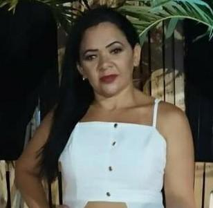Mulher morre ao cair da garupa de moto e bater a cabeça no chão em Tibau