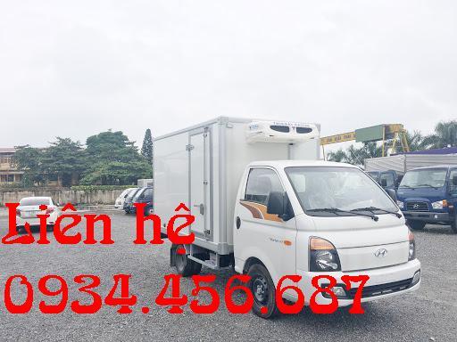 Hyundai H150 đông lạnh tải trọng 990kg