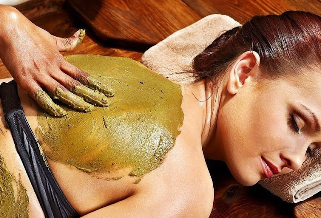 spa weekend clay massage