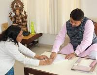 Former Gujarat Congress Lawmaker Asha Patel Joins BJP