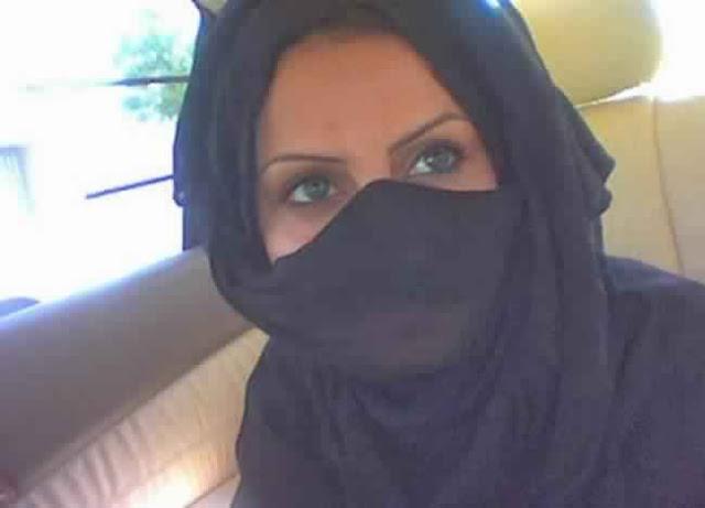 مقيمة فى الكويت ابحث عن شاب صبور متواضع هاديء حنون للزواج