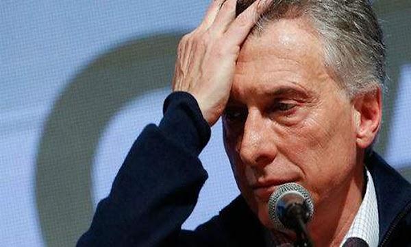 Para Bloomberg, Macri implementó el cepo para ''sobrevivir''
