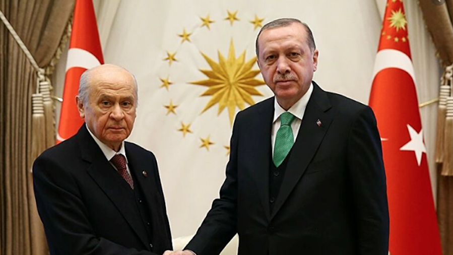 Ερντογάν - Μπαχτσελί απέρριψαν αίτημα έρευνας για την μεταφορά όπλων στους τζιχαντιστές της αλ-Νούσρα