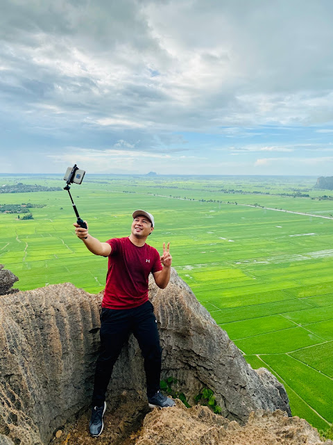 Jom kita selfie sket atas Bukit Mok Cun