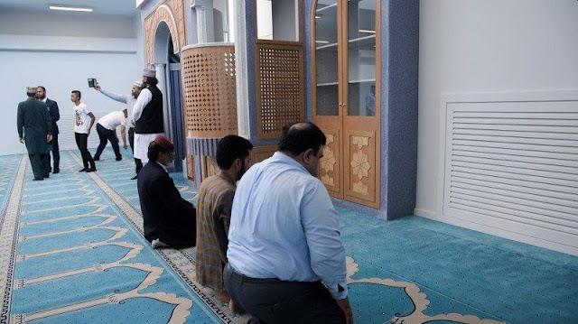 Το τζαμί στον Βοτανικό άνοιξε τις πόρτες του για προσευχή
