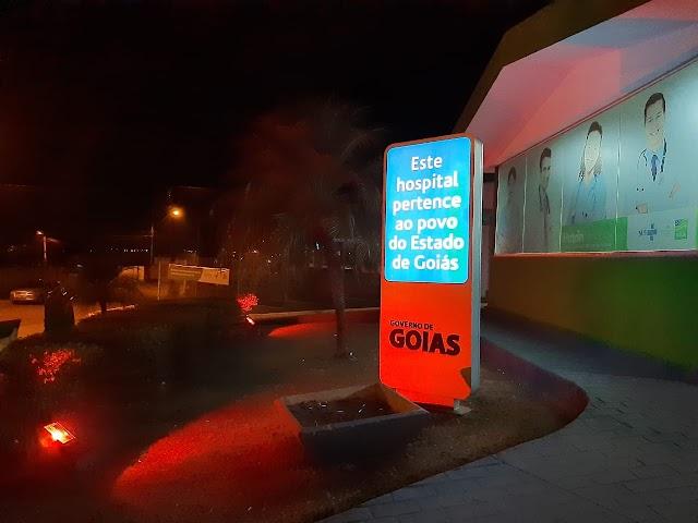 Hutrin ilumina fachada de laranja para celebrar Dia Mundial da Segurança do Paciente