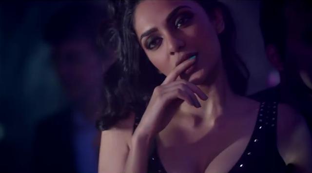 Sobhita Dhulipala as femme fatale-esque Simmy in Raman Raghav 2.0