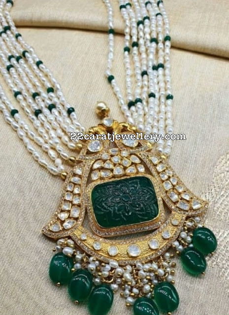 Curved Emerald Moissanite Pendant