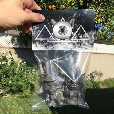 San Diego Comic-Con 2016 Exclusive Smoke Edition Argomedus & The Whisper Vinyl Figures by Scott Tolleson