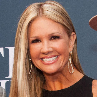 Nancy O'Dell Height, Net Worth, Age, Wiki, Who, Facts, Biography