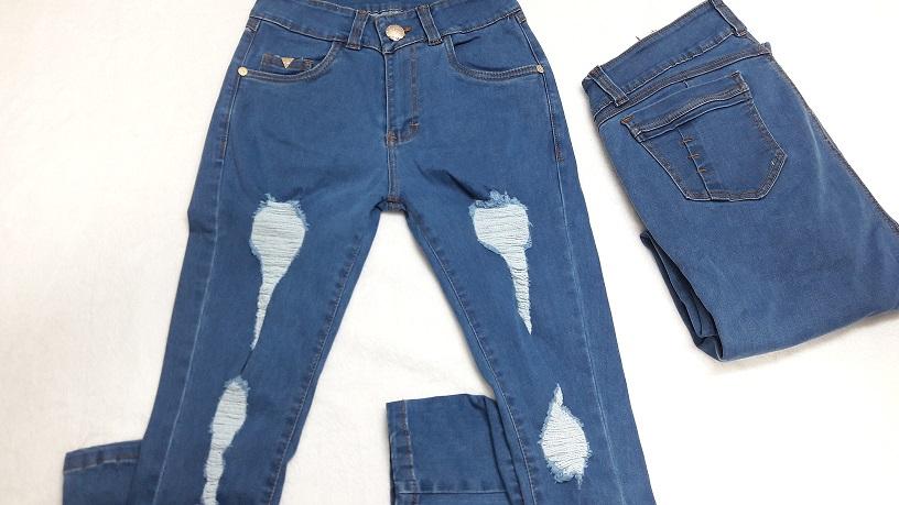Modelo # 31 Pantalones Azul Cielo,